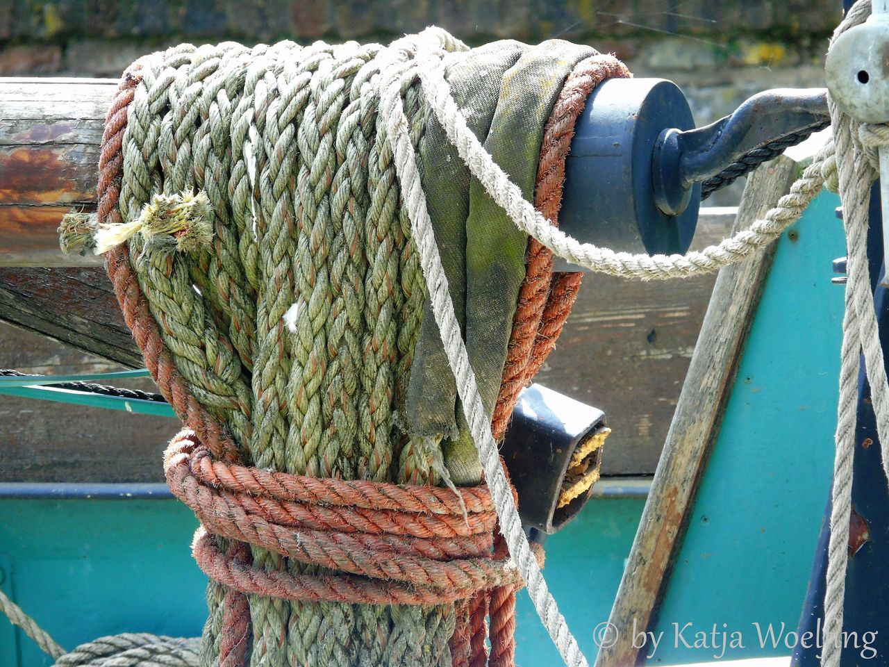 Boat Dock Caple Focus On Foreground Outdoors Part Of Rope Tied Up Wood - Material Wooden Post