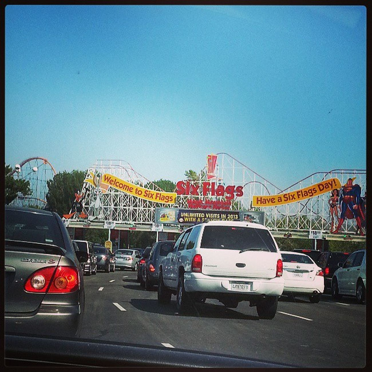 Six flag we have arrived!! @kswaggety Sixflags Epicness Summerfun Ohhyeaaa fapfapfap