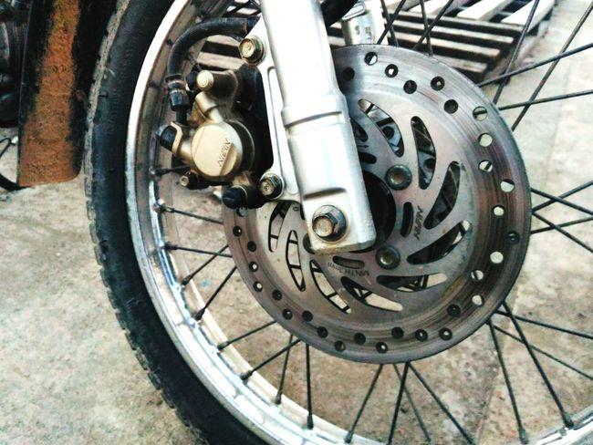 Geometric Shape Transportation Bicycle Tire Wheel Gear