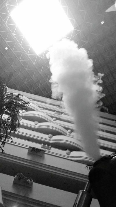 Vape , Smoke , Blowout | Phoneography