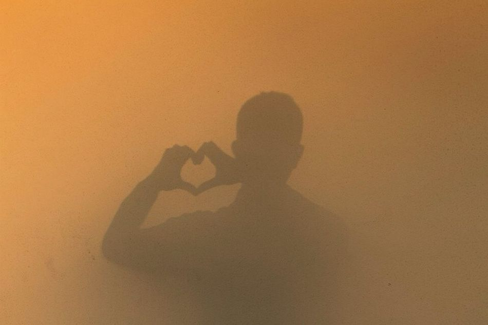 My shadow on wall (without edit or filter ) Love ♥ Heart That's Me Streamzoofamily