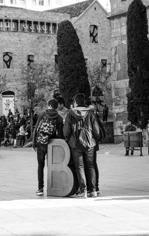 Architecture Built Structure Real People Building Exterior Outdoors City People The Street Photographer - 2017 EyeEm Awards Street Photography Streetphotography Architecture B Barcelona Blackandwhite Lyric  BYOPaper! Black And White Friday