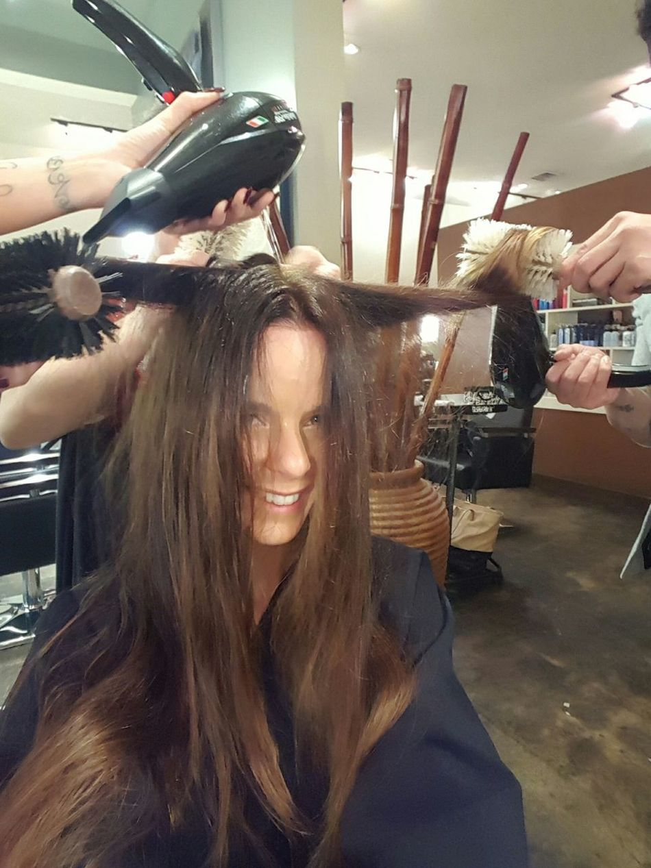 Yes it takes 3 people to dry my hair. Ihaveatonofhair Taking Photos Long Hair, Don't Care. Enjoying Life Relaxing Smile Brunette