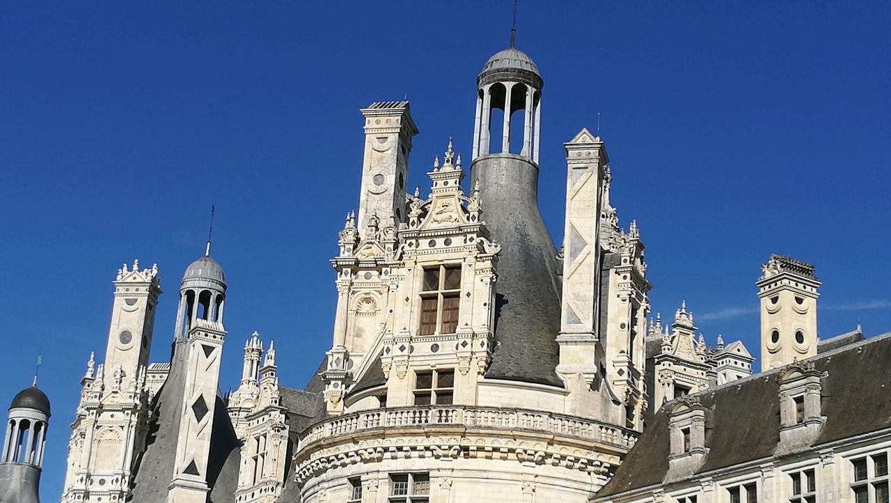 Toit et Cheminées du Château de Chambord Val De Loire