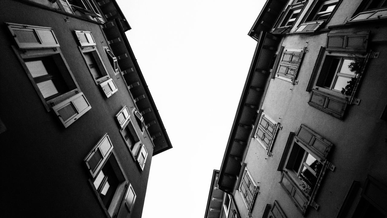 up, up and up | Architecture Black And White Blackandwhite Photography Bnw Building Exterior Built Structure City Clear Sky Darkness And Light EyeEm Best Shots EyeEm Best Shots - Black + White House Houses And Windows Lago Di Garda Lookingup Low Angle View Neighborhood Map Schwarzweiß Sky Streetphoto_bw Travel Destinations Urban Urban Geometry Window Windows The Street Photographer - 2017 EyeEm Awards The Great Outdoors - 2017 EyeEm Awards The Architect - 2017 EyeEm Awards