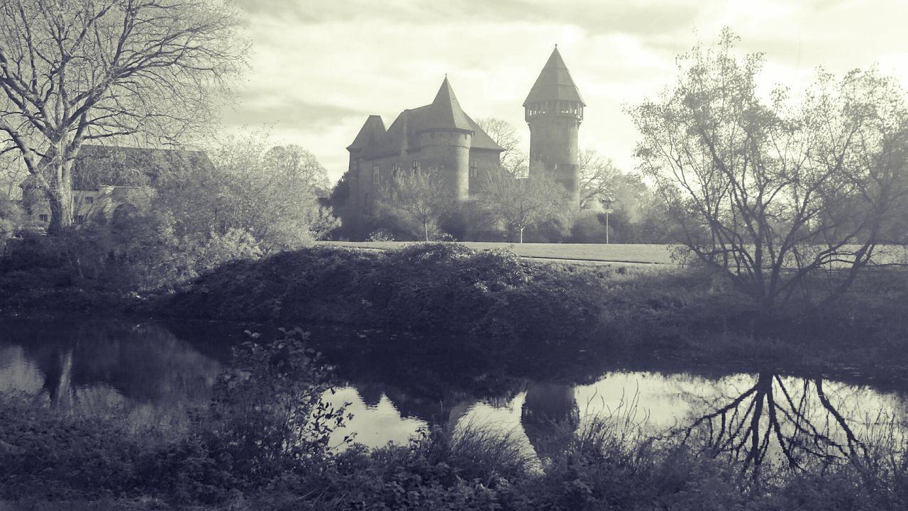 Krefeld KrefeldLinn Burg Castle