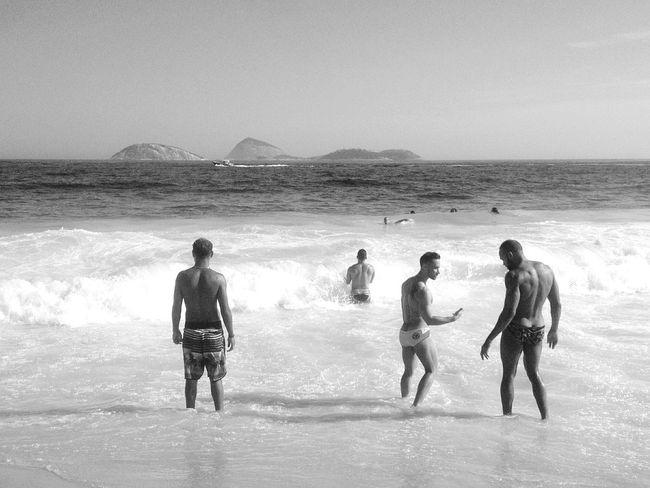Beach Sea Water Person Rio De Janeiro Eyeem Fotos Collection⛵ Rio De Janeiro Lifestyles Ipanema Beach