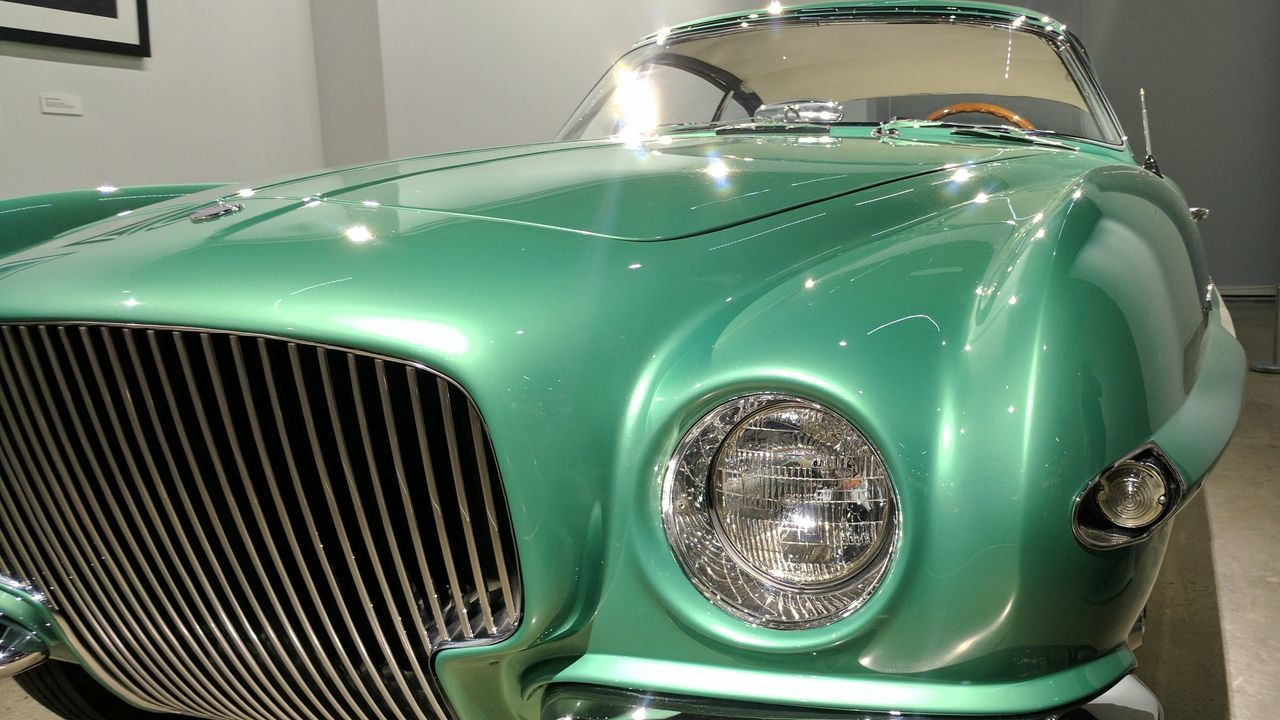Old-fashioned No People Green Color Indoors  Close-up Car Vintage Car Green Car Headlight