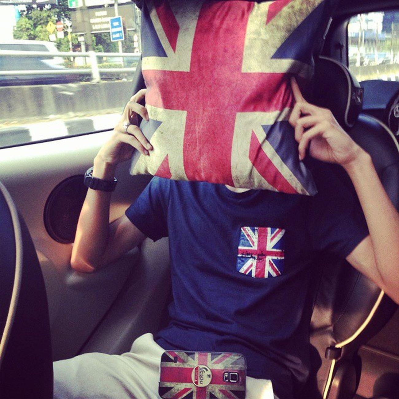 Entahlah England British Vespa Servicezio picofday