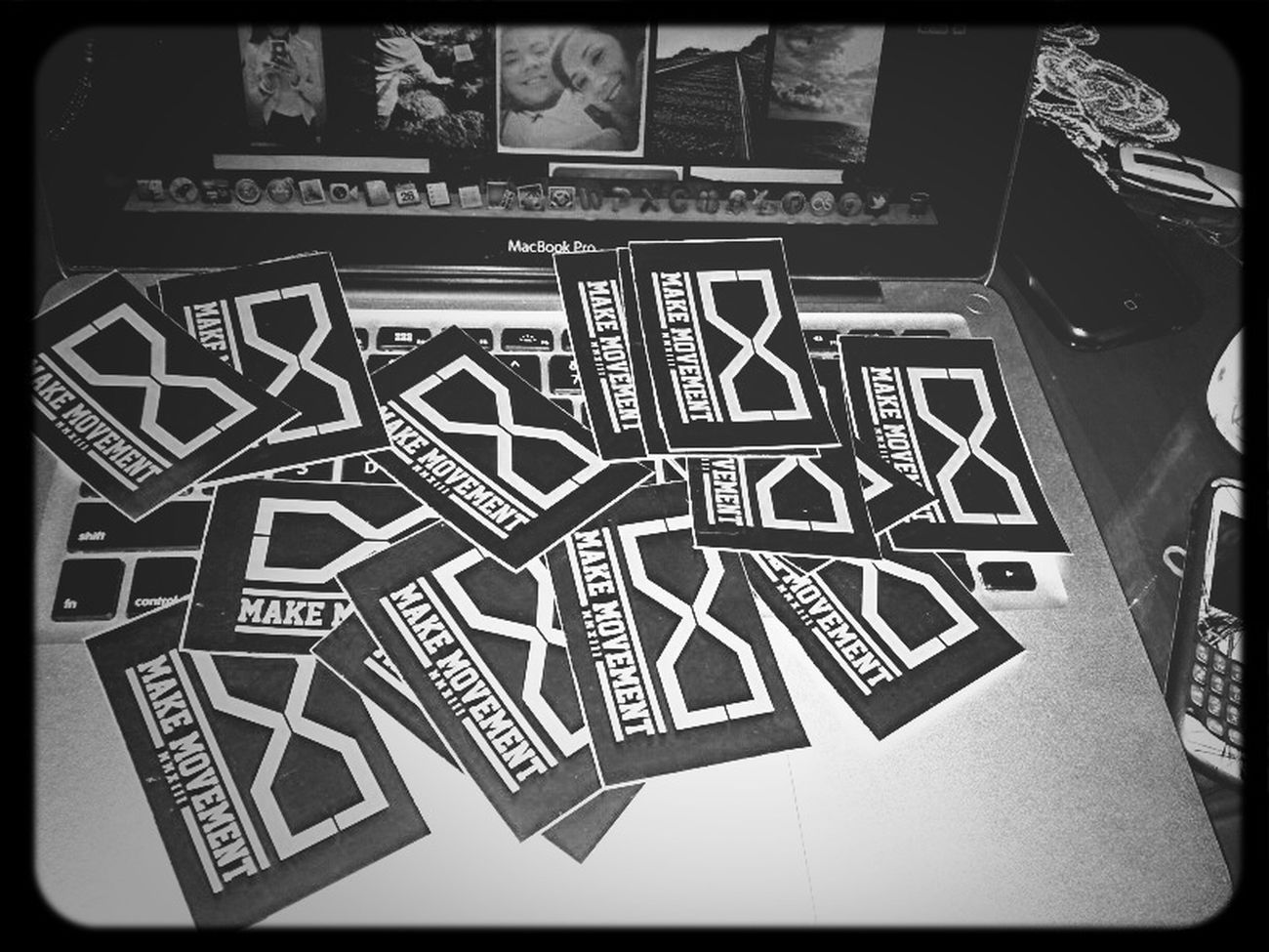 make movement sticker