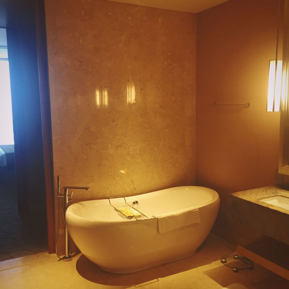 Bathtub Relaxing Moments Lighting Effects Bath Time Hot Summer Night Nakedmen Nighttime Night Time Interior Design Penthouse Suite