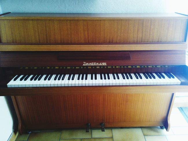 Piano Justarrived Happy Zimmermann