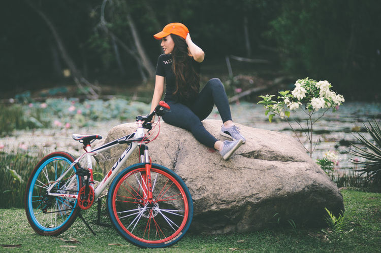 Bicycle Bicycles Casual Clothing Focus On Foreground Freshness Full Length Land Vehicle Leisure Activity Lifestyles Mode Of Transport My Favorite Place Person Riding Transportation Travel Young Adult