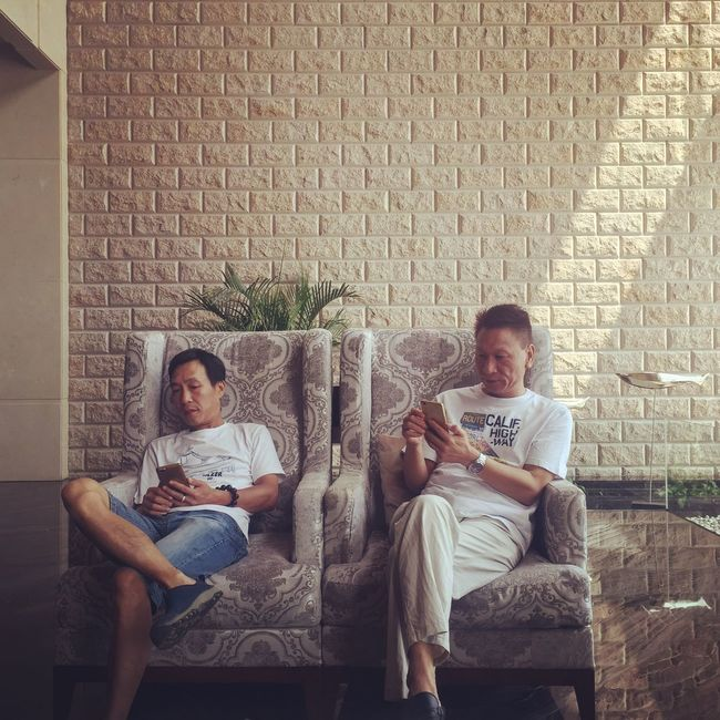 Sitting Togetherness Relaxation Friendship Friend IPhoneography Iphone 6 Plus Iphoneonly Ramada Hotel