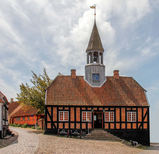 Rathaus Ebeltoft Architecture Building Exterior Built Structure Cloud - Sky Day No People Outdoors Sky Spirituality