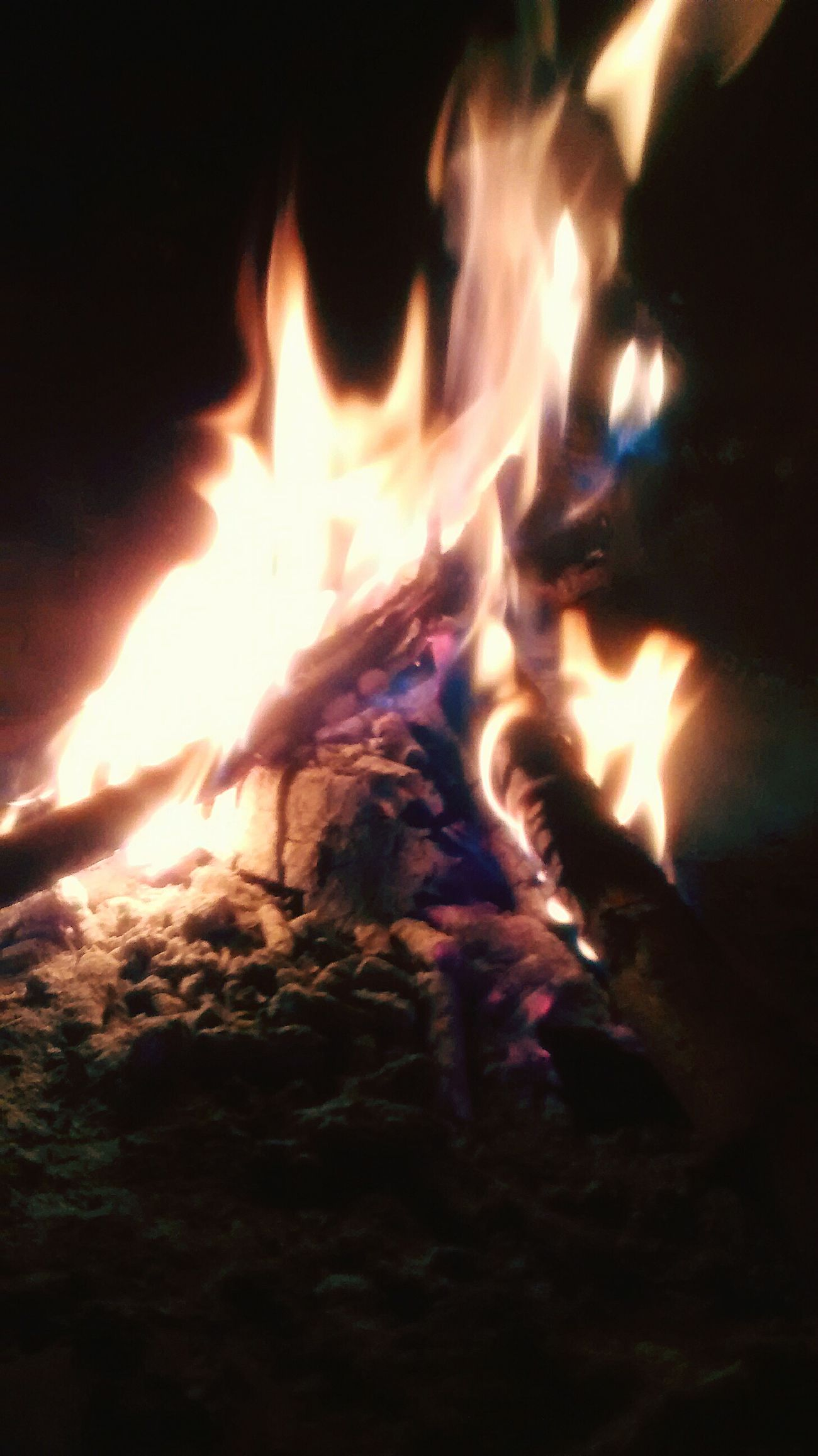 Fire ! Relaxing Winter ♥♪ Argentina
