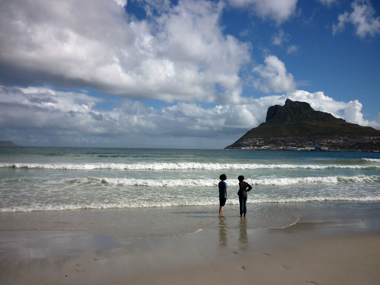 Best friends. Sea Beach Cloud - Sky Dramatic Sky Horizon Over Water Two People Nature Sky Beauty In Nature Togetherness Sand Hout Bay Hout Bay Beach Friends Mountain Mountain View