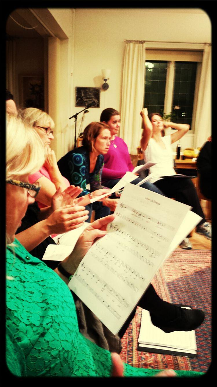 äntligen kör övning! finally choir practice! Choir Practice