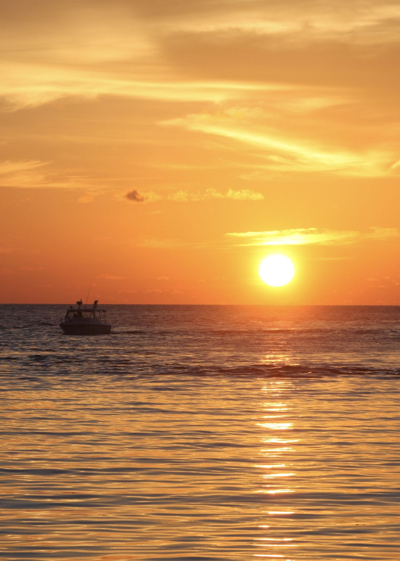 golden hour, sunset on the maldives Amazing View Beauty In Nature Boat Golden Hour Holiday Horizon Over Water Idyllic Light Maldives Nature Nautical Vessel Orange Color Outdoors Reflection Relaxing Scenics Sea Silhouette Sky Sun Sunlight Sunset Tranquil Scene Travel Water