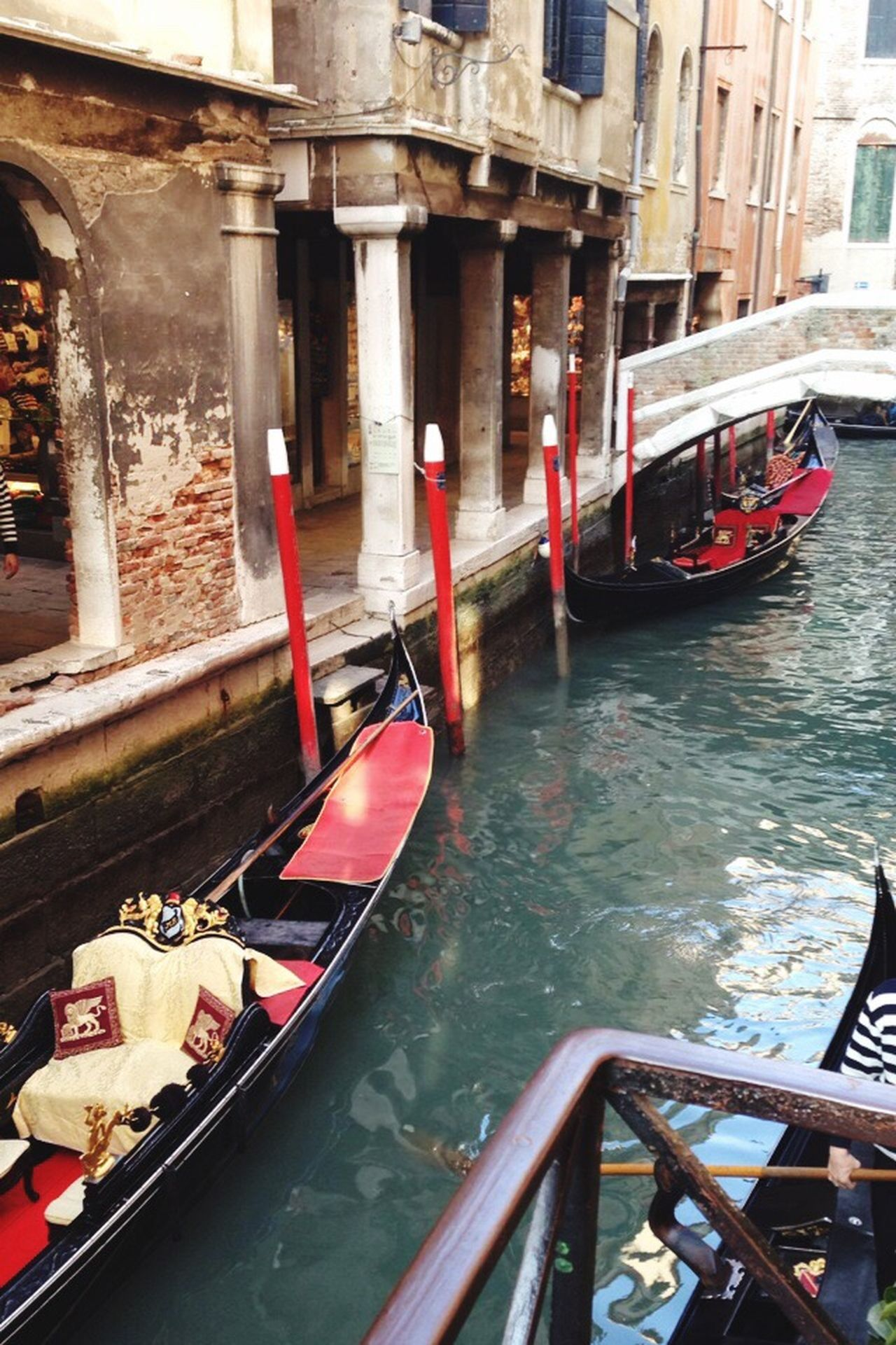 Cultures Gondola - Traditional Boat Canal Nautical Vessel Transportation Mode Of Transport Travel Moored Travel Destinations Water Building Exterior Outdoors Gondolier Architecture Red No People Venice Italy
