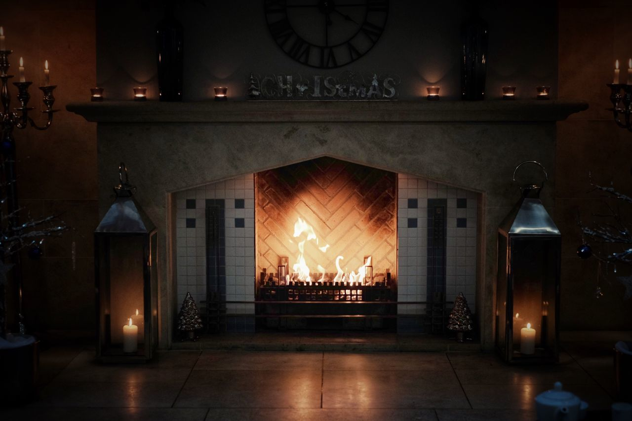 Winter Fireplace 🔥 Flame Indoors  Burning Heat - Temperature No People Home Interior Illuminated Architecture Night Fireplaces Fireplace Logfire Cosy Cosy Place Winter Wintertime Winter Wonderland Winter_collection Winter Is Coming Warmth Candle Candles Burning Candlelight Candle Flame Hearth