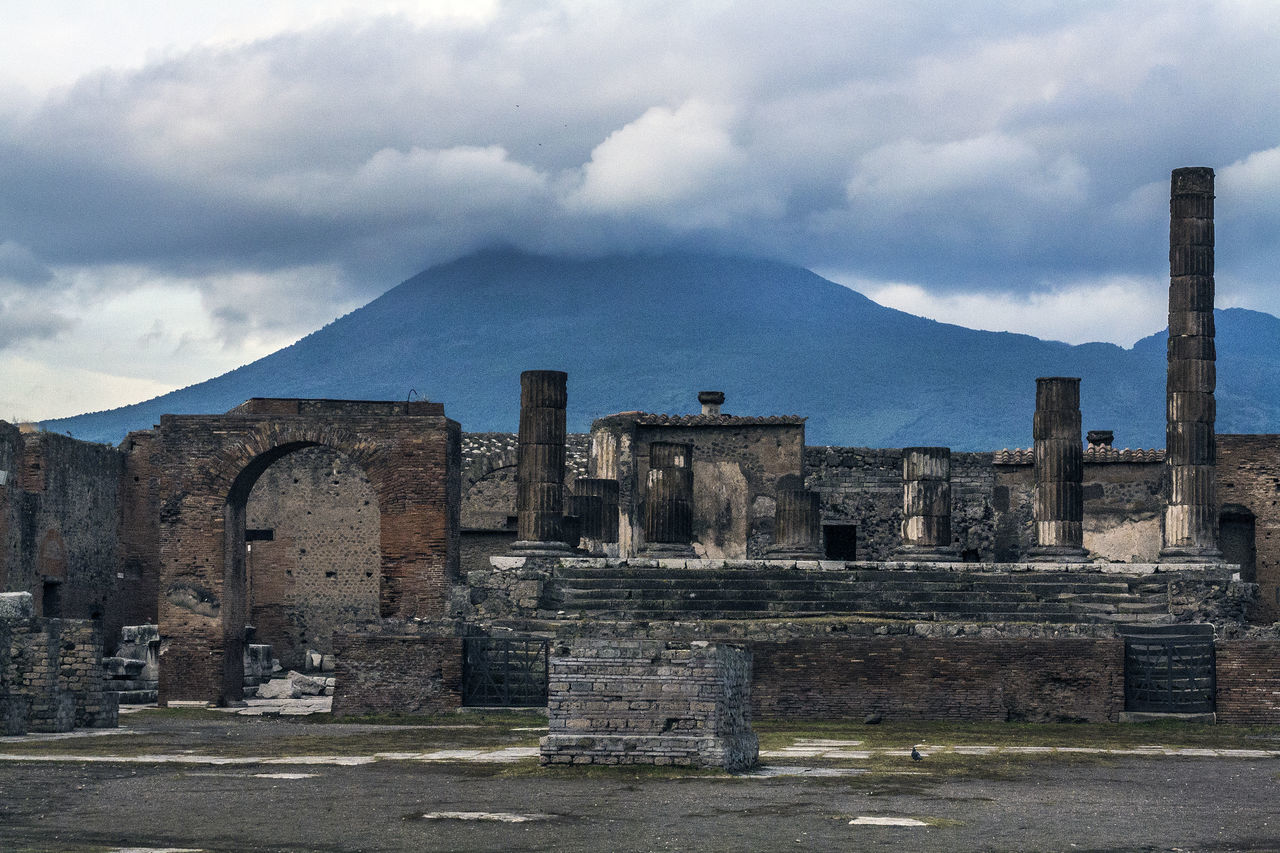 Beautiful stock photos of pompeii, Ancient, Ancient Civilization, Cloud - Sky, Cloudy