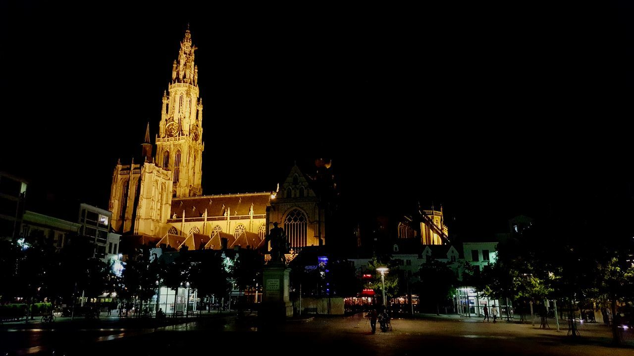 Antwerp, Belgium Cathedral Cathedrale Antwerpen Nightphotography Night Groenplaats