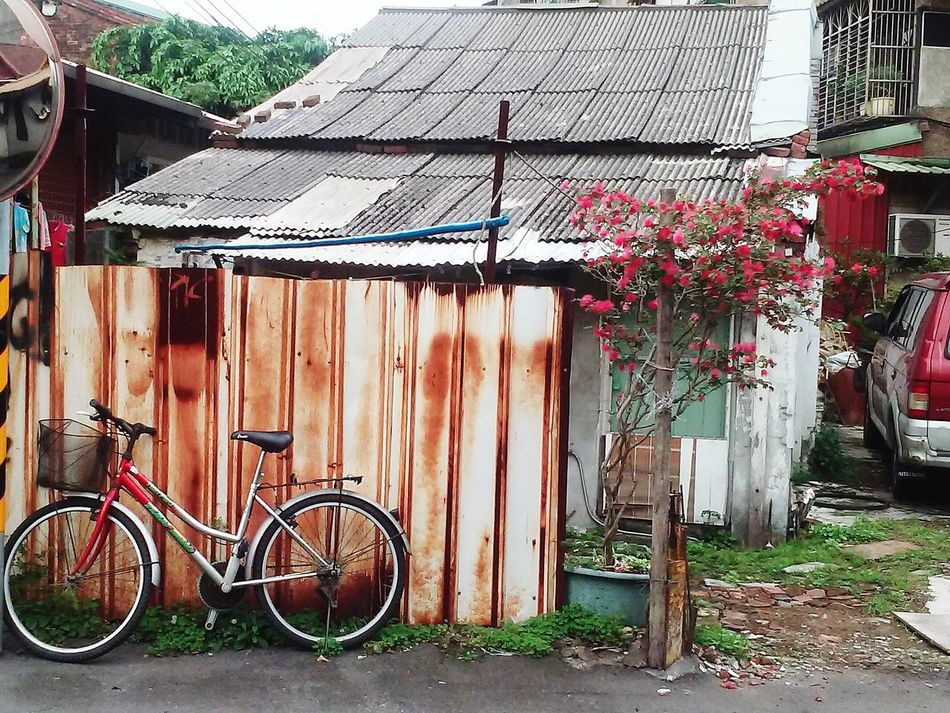 Taipei Alley Bicycle Built Structure Mode Of Transport Transportation Outdoors Building Exterior Wanhua No People Taiwan Taipei Architecture Day Stationary Land Vehicle Corrugated Iron Sky