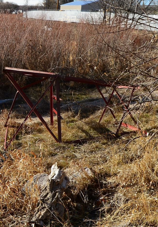 out of place Abandoned Dyalight Frame Grass Metal No People Outside Shadwood
