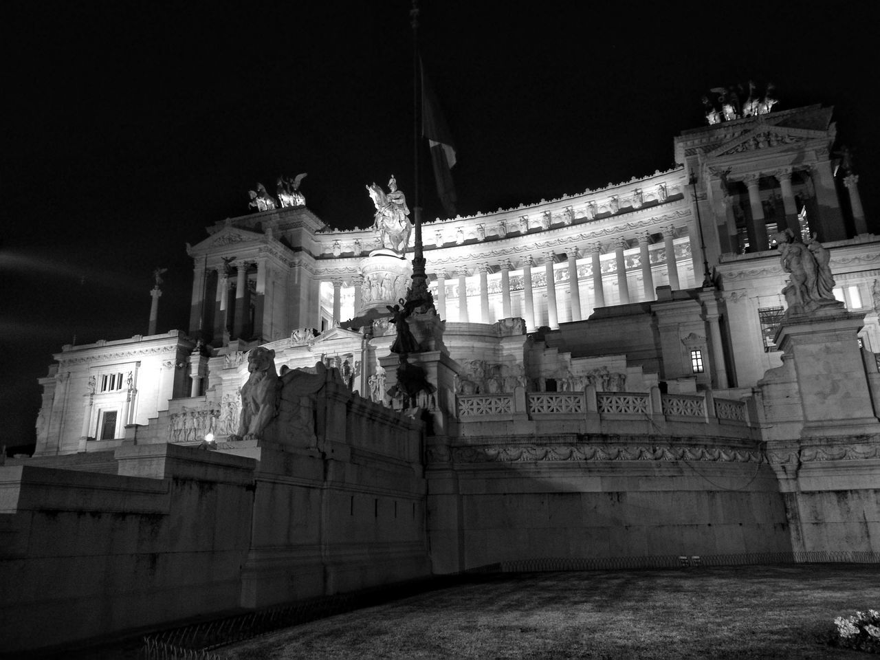 Architecture Building Exterior Built Structure Travel Destinations Travel City Low Angle View No People History Outdoors Night Rome, Italy Rome By Night Altare Della Patria Blackandwhite