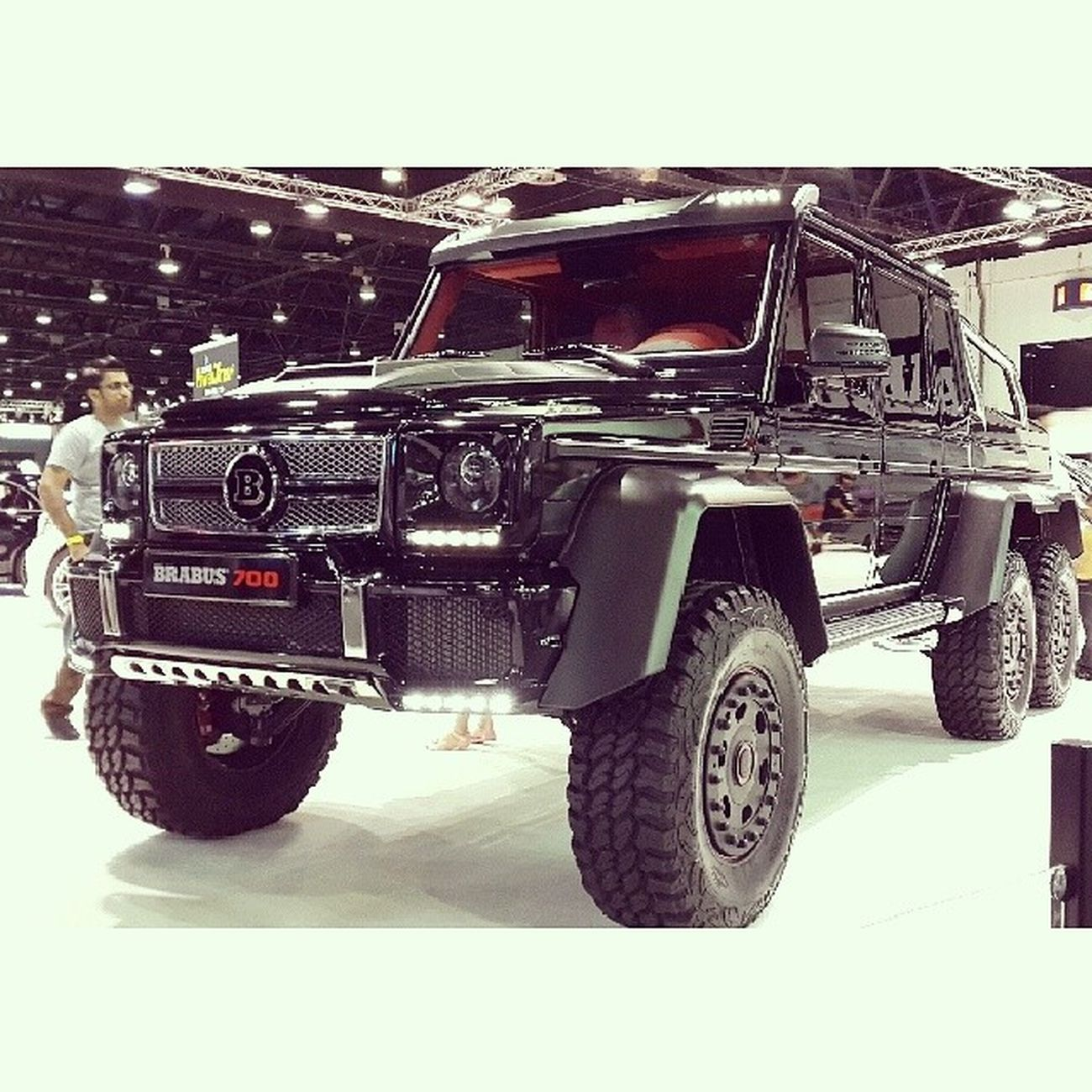 THE BEAST G65 6X6 Mercedes BARABUS 6x6