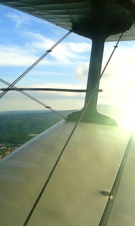 Die Welt von Oben, Schön. Flugzeug Doppeldecker Flugplatz Irgendwo In Ballenstedt  Fliegen