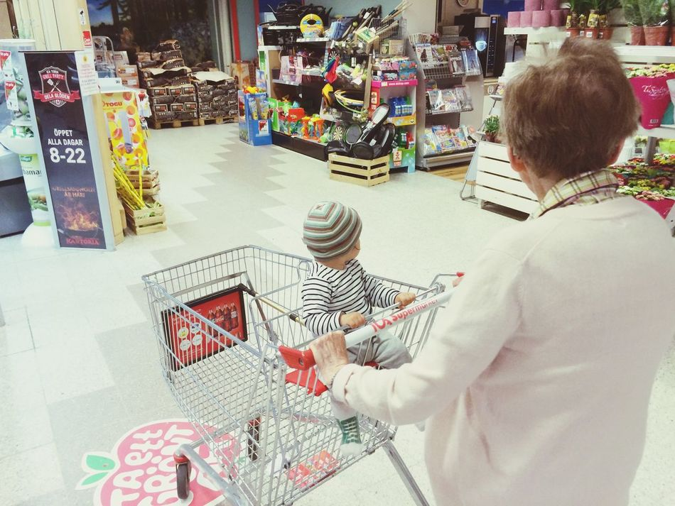 Beautiful stock photos of colorado, Caucasian Ethnicity, Grandmother, Groceries, Indoors