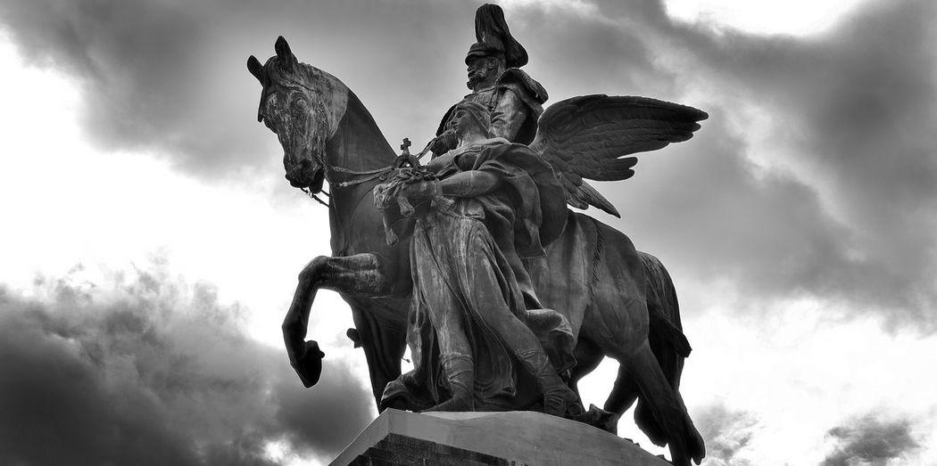 Reiterstandbild Wilhelm I. (Deutsches Eck) Clouds Deutsches Eck History Light Monument Statue Wilhelm