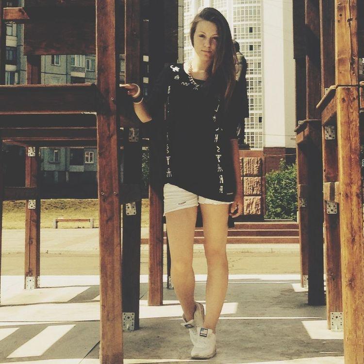 настоящие львицы одеваются в Black Star так что девушки вас ждут на 1м этаже в тциюнь Mc April Swag