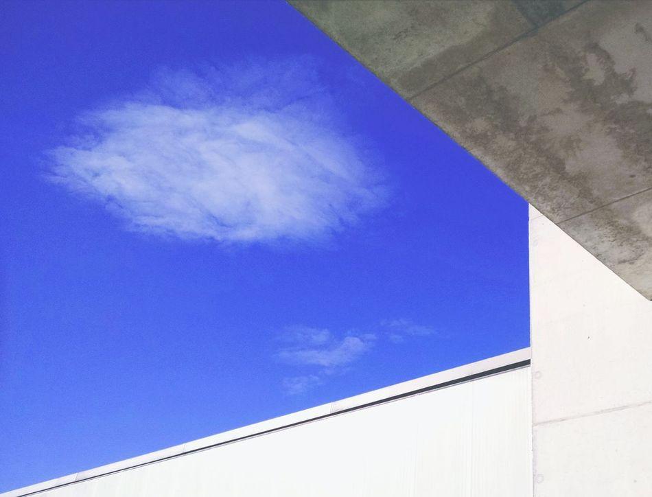 Beautiful stock photos of roof, , Building Exterior, Cloud, Day