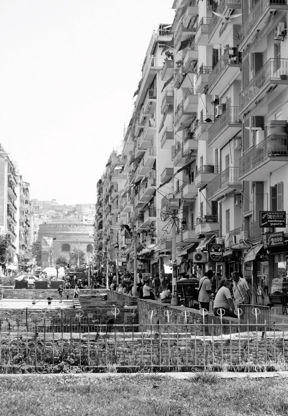 Greece Architecture_collection Building Architecture Blackandwhite Black And White Black & White City Buildings Black&white Black And White Photography Blackandwhite Photography B&w Photography City Life People People Watching People Photography Peoplephotography Thessaloniki Thessaloniki Greece Old Buildings Monochrome