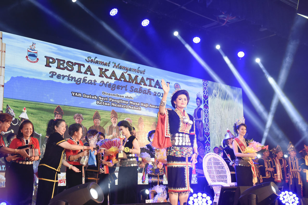 PENAMPANG,SABAH,MALAYSIA-May 31,2017: Kerinah Mah representing Kota Kinabalu beat 43 participants and took over the role of legendary figure Huminodun from former queen Sherry Anne Laujang. Beauty Borneo Culture Dusun Festival Harvest Kaamatan Kadazan Kadazandusun Kdca Kota Kinabalu Malaysia Penampang Queen Sumandak Undukngadau