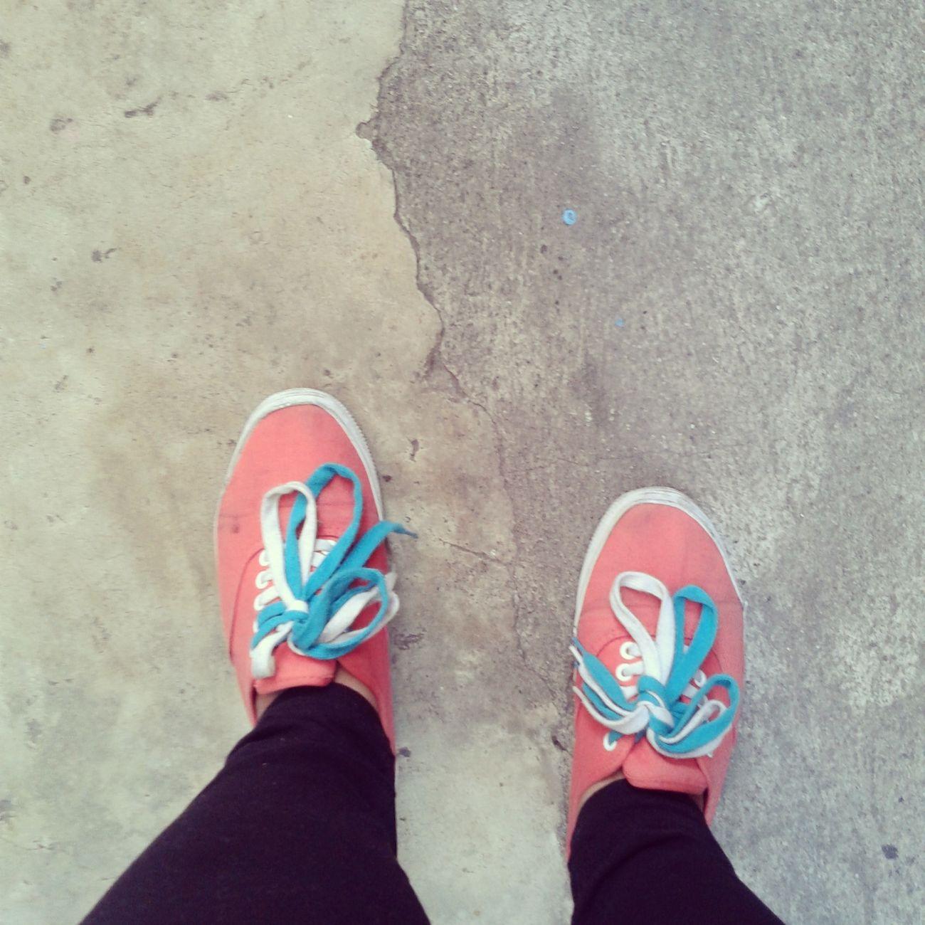 Shoeselfie Sneakers Orangeandblue Hanging Out