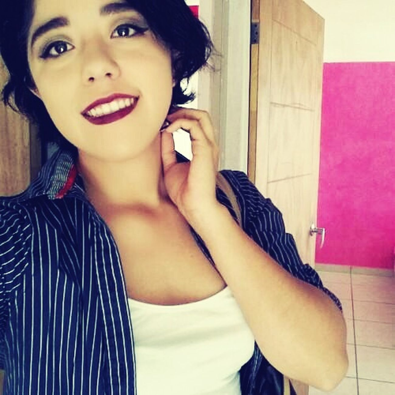 No quiero irme pero no me quiero quedar. Mexican Selfie ✌ Teatrera Mexican Girl That's Me Hanging Out Selfie Hello World