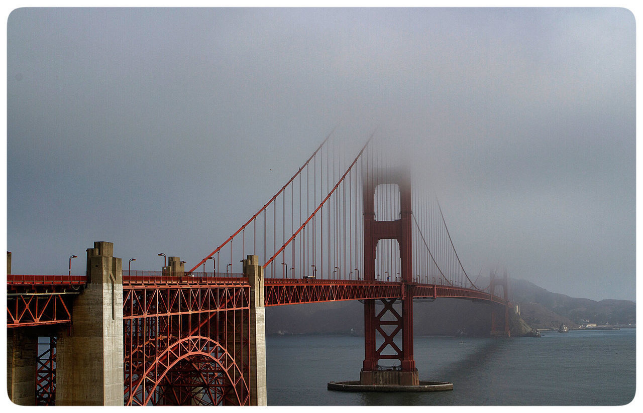 Golden Gate Bridge in the fog. Canon Photography