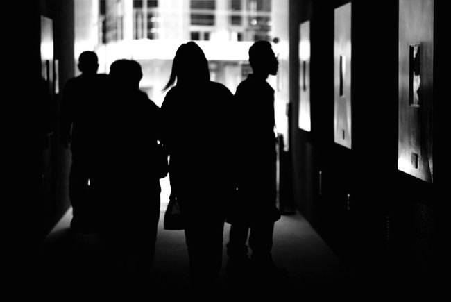 Men Rear View Indoors  Adults Only Real People Women Silhouette Full Length People Japan Daylight Brackandwhite Monochrome Monochrome Photography Brack And White
