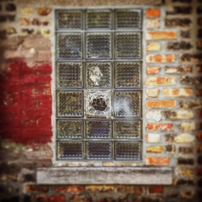 Ravenswood, Chicago. Selective Focus Close-up Window Focus On Background Damaged Full Frame Obsolete Bad Condition Day Red Geometric Shape Weathered No People Glass Broken Documentary Photojournalism Shootermag_usa Eye4photography