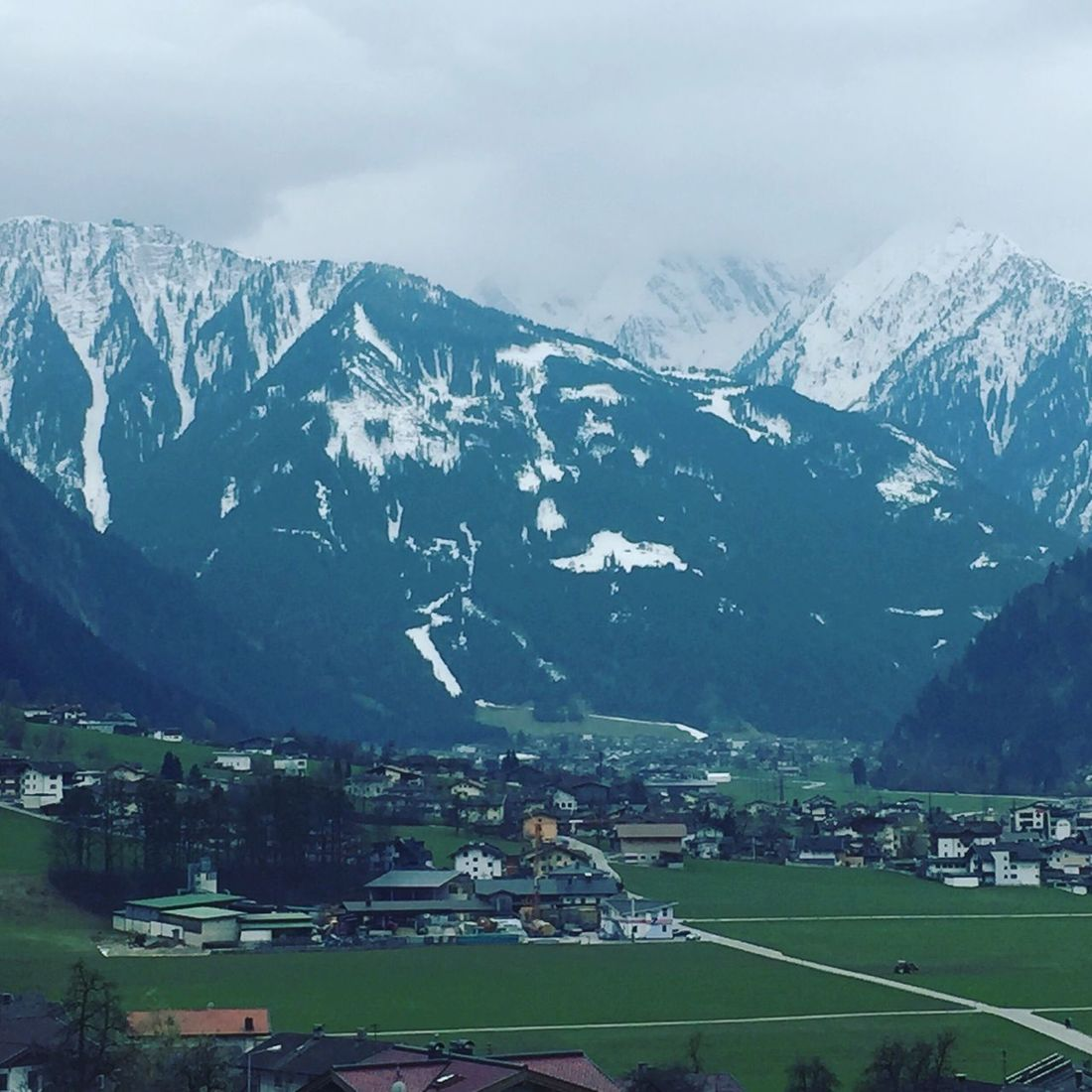 Mountains Landscape Idyllic Idyllic Scenery Day Outdoor Holiday And Relaxing Tranquility Hippach Mayrhofen Ramsau  Austria The Great Outdoors - 2016 EyeEm Awards
