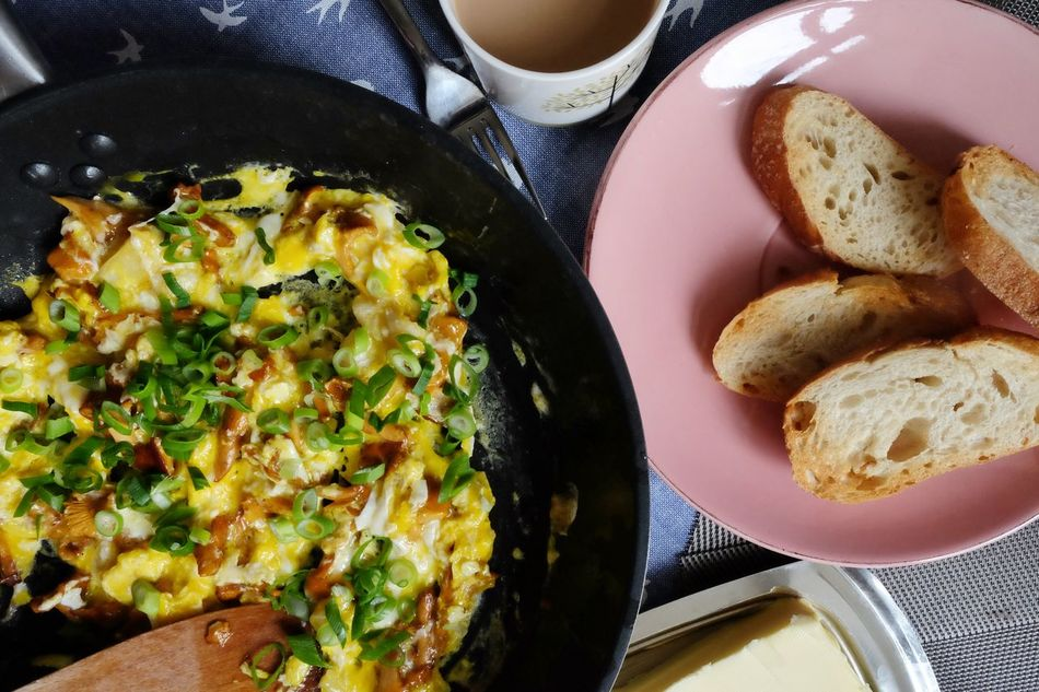 Sunday at home Breakfast Good Morning Scrumbleeggs Bread
