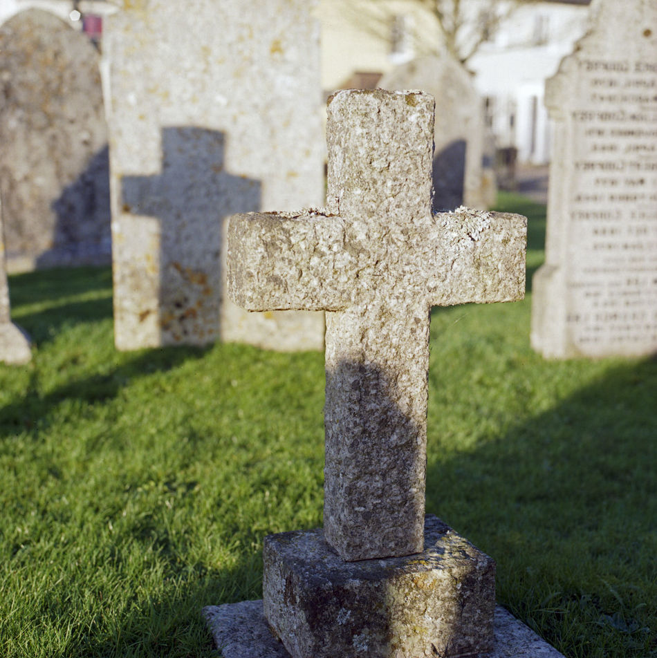 Beautiful stock photos of tombstone, Cemetery, Close-Up, Cross, Day