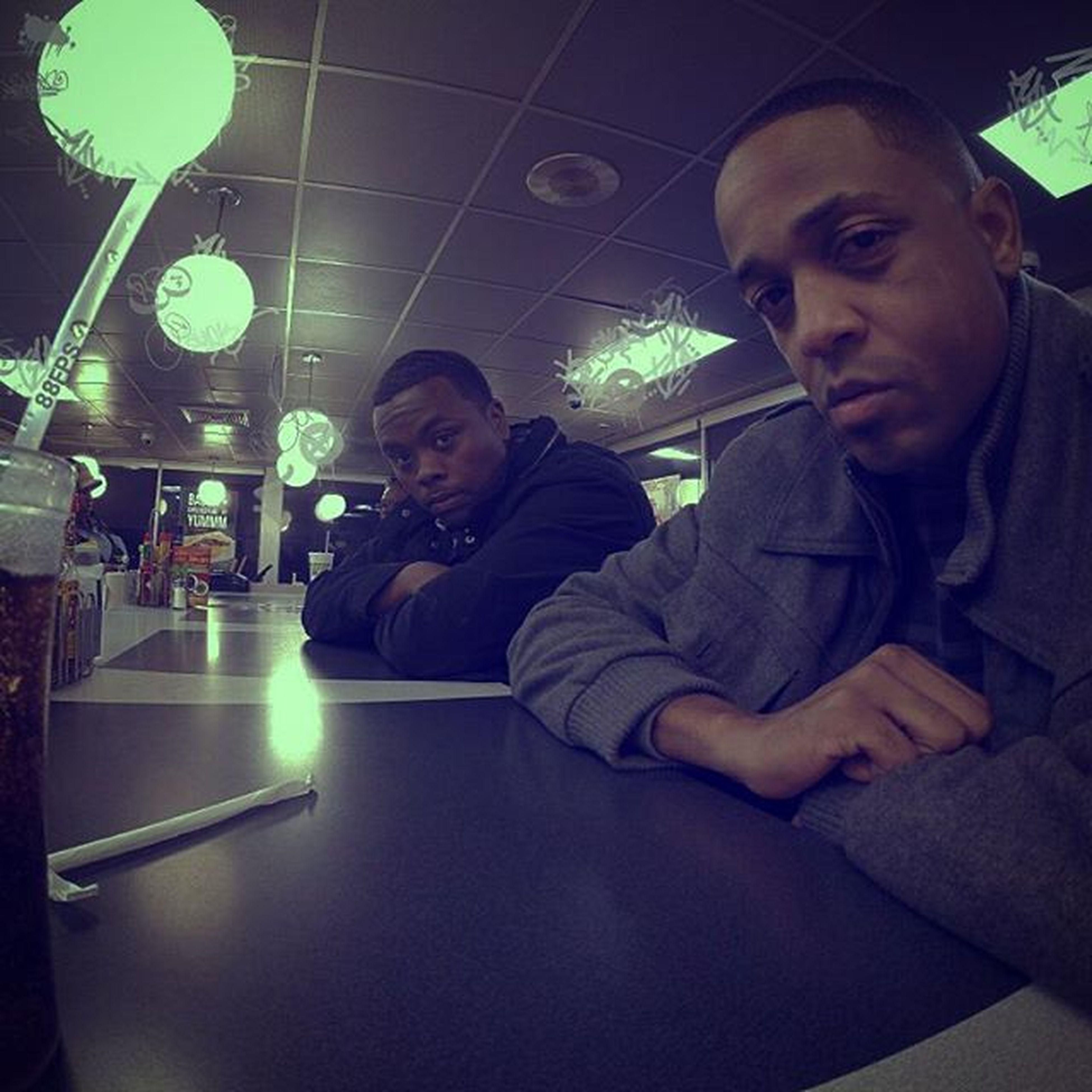 1:40 am.... With the homie @itsdez88