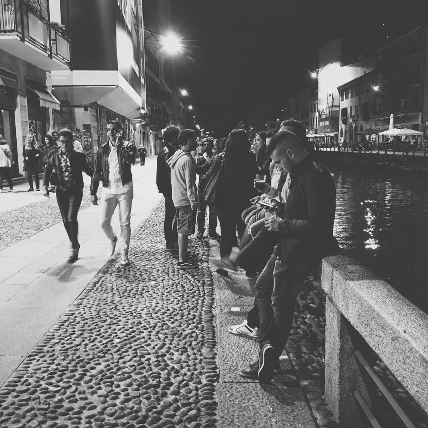 Hanging out... Milano Italy Blackandwhite People Streetphotography Navigli