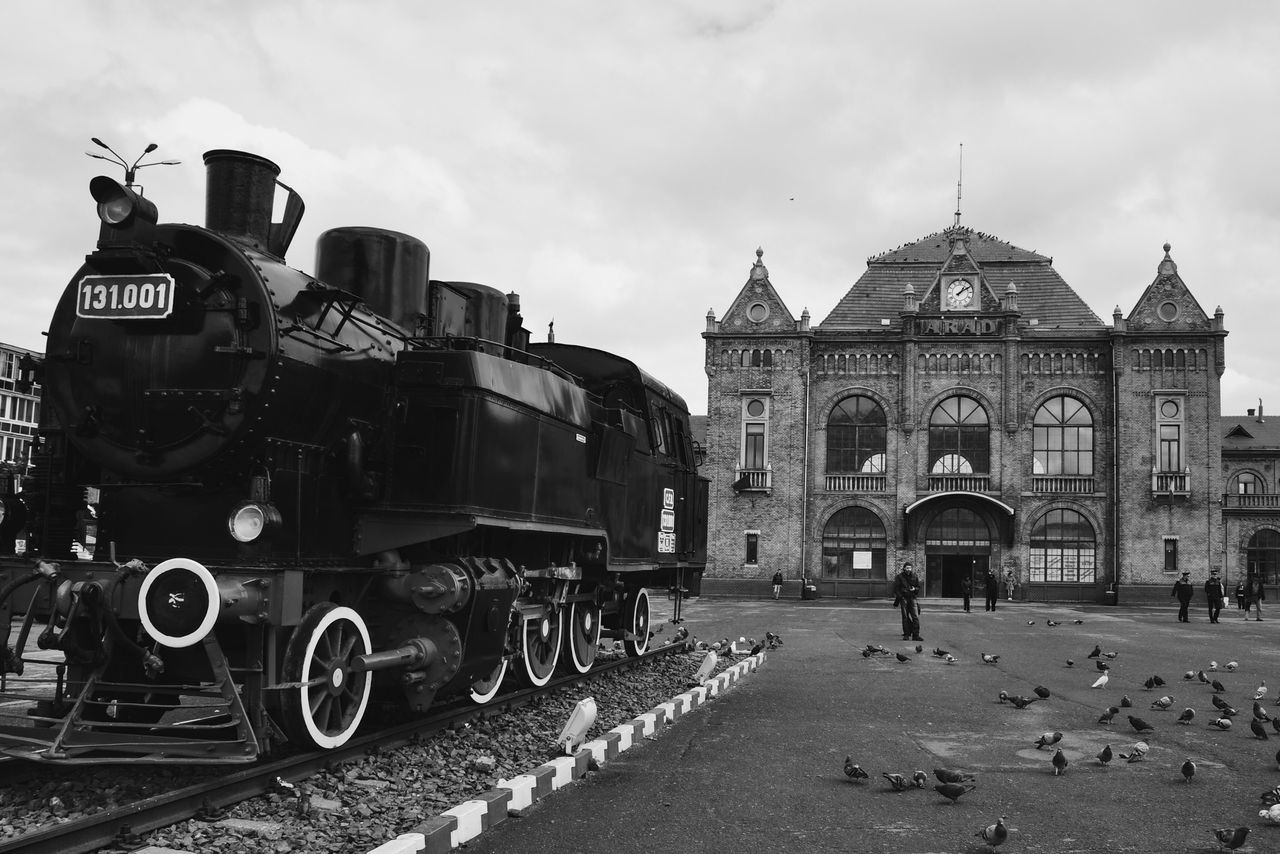 Train stop... Transportation Mode Of Transport Steam Train Locomotive Architecture Train Station Train Commuting Commute Made In Romania Fresh On Eyeem  Found On The Roll My Favorite Photo VSCO Details Of My Life City Life Blackandwhite Street Street Life Streetlife BW Collection Architectural Detail Outdoors City Street Citylife
