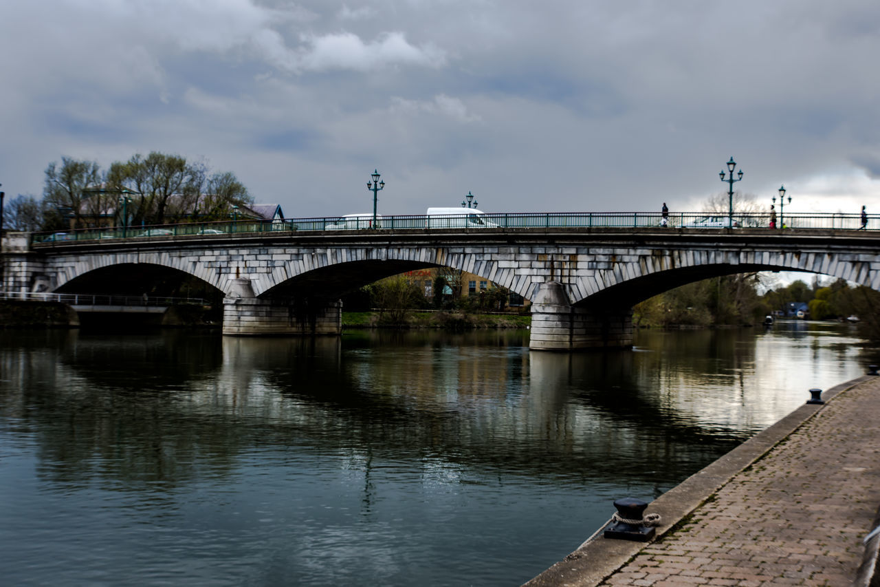 Staines Bridge-England-Thames River Path I crossed this bridge a lot while in England;) Arch Arch Bridge Architecture Bridge Bridge - Man Made Structure Bridgeporn Bridges Built Structure Cloud Cloud - Sky Cloudy Connection Day Engineering Nature No People Outdoors Rippled River Sky Thames Thamespath Thamesriver Tranquility Water